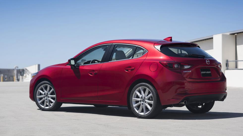 Nuevo Mazda3 2017 zaga