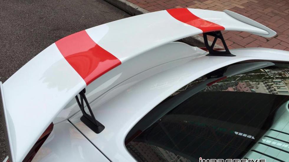 Porsche Cayman GT4 911 R alerón