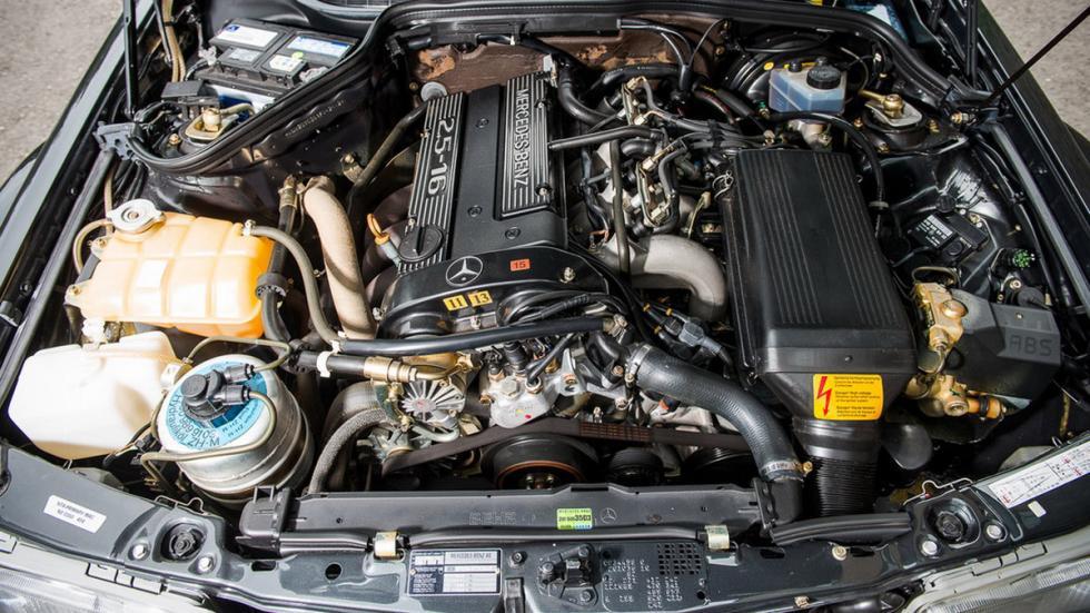subasta Mercedes 190 E 2.5-16 Evolution II motor