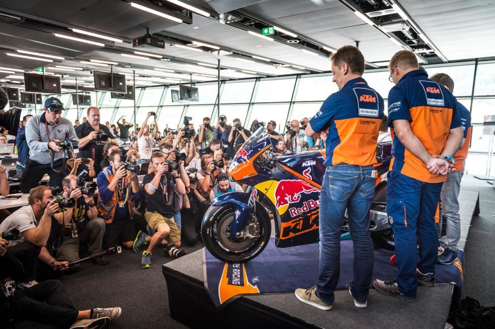 KTM-MotoGP-8