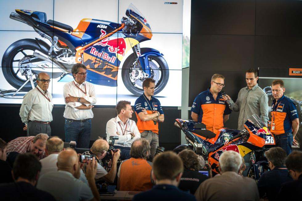 KTM-MotoGP-10