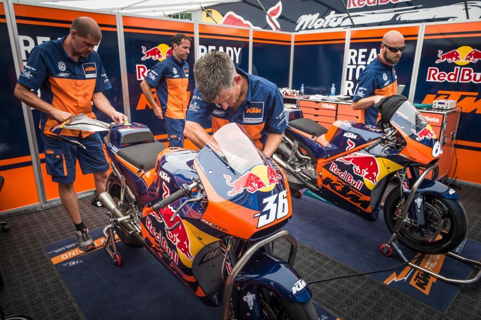 KTM-MotoGP-11