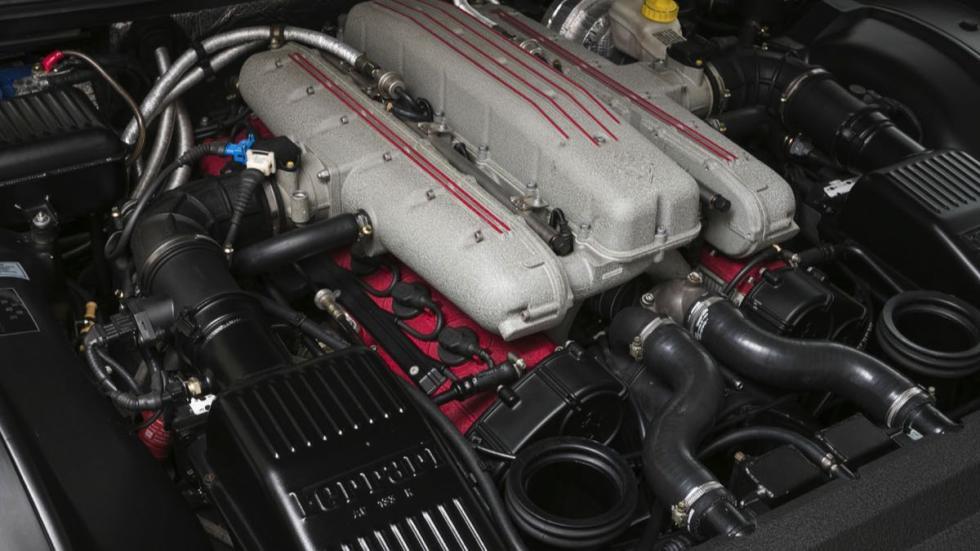 Ferrari 550 Barchetta motor