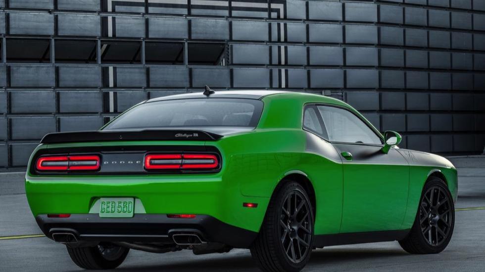 Dodge Challenger TA 9