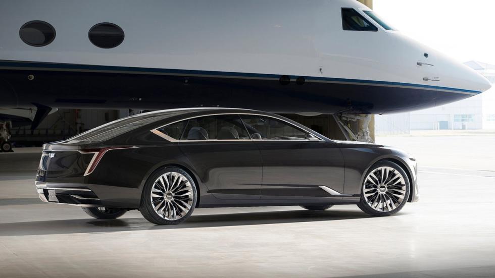 Cadillac Escala Concept trasera