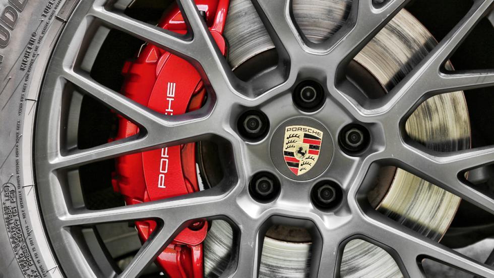 Prueba Porsche Macan GTS llanta