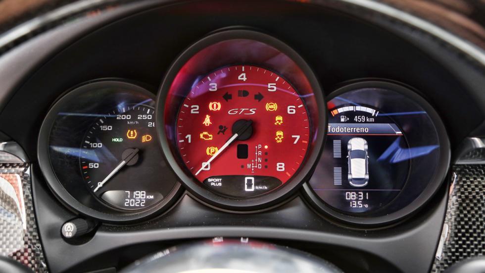 Prueba Porsche Macan GTS cuadro relojes