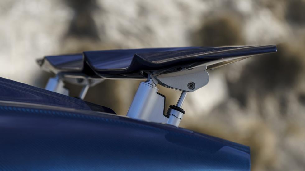 Bugatti Chiron Pebble Beach alerón