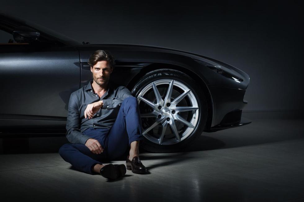 Hackett para Aston Martin
