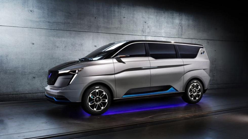 W Motors Iconiq Seven Concept lateral