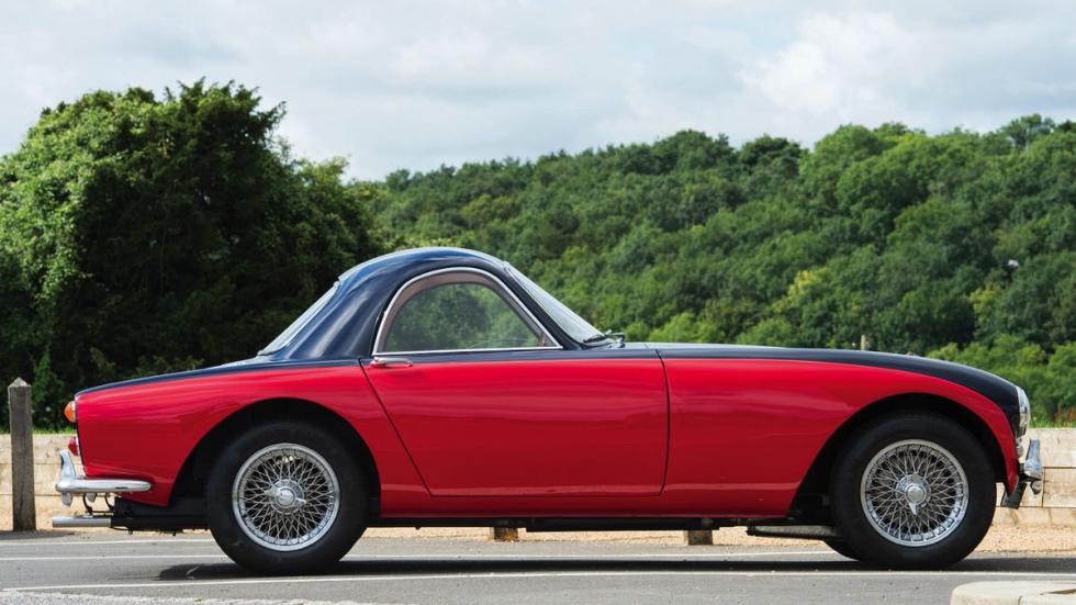 Morgan Plus 4 1964 lateral