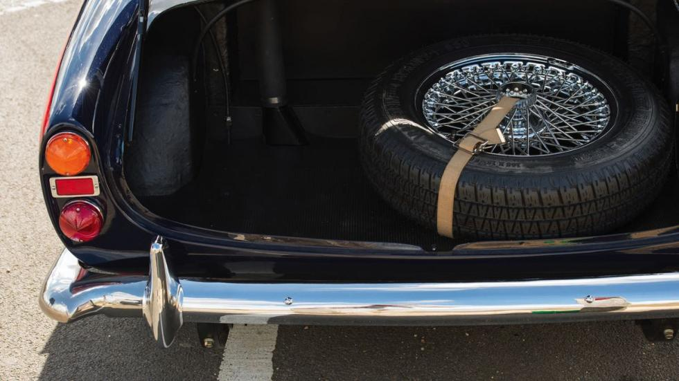 Morgan Plus 4 1964 maletero
