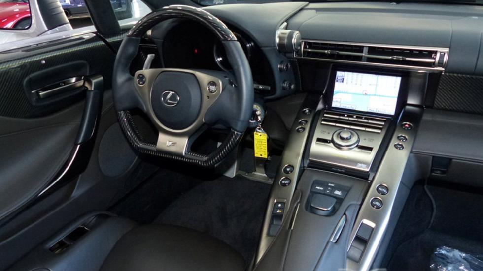 Venta dos Lexus LFA