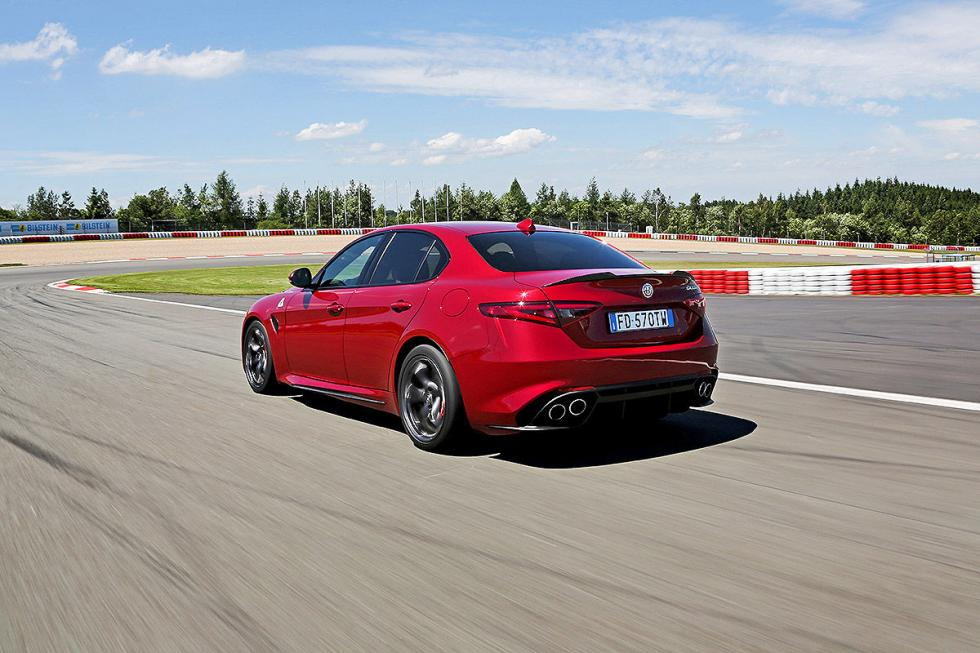 Duelo radical: Alfa Romeo Giulia QV vs BMW M3 Competition