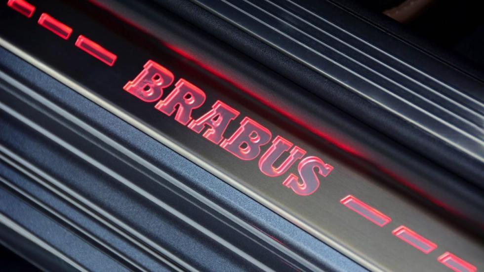 Mercedes Clase S Brabus 900 entrada