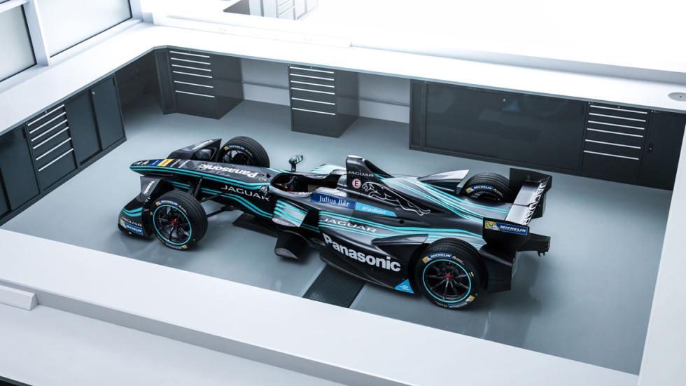 Jaguar Formula E taller