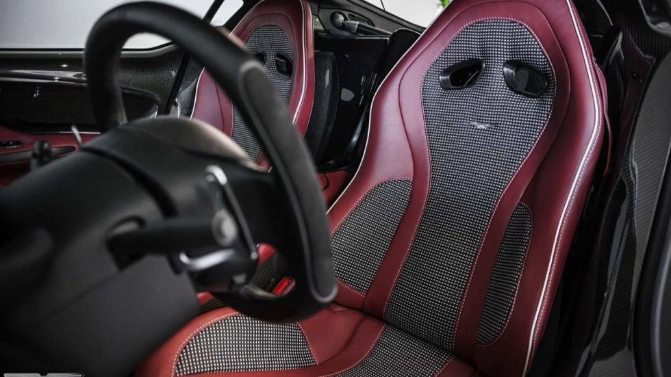 Aston Martin One-77 asientos