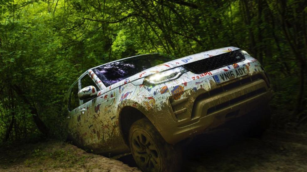 Land Rover Discovery 2017 camuflaje 2