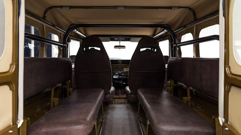 Toyota Land Cruiser 1981 asientos traseros