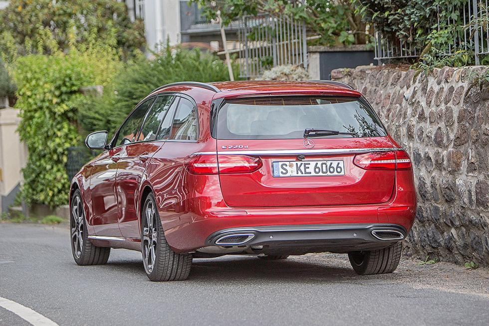 Prueba: Mercedes Clase E Estate 2016 portón