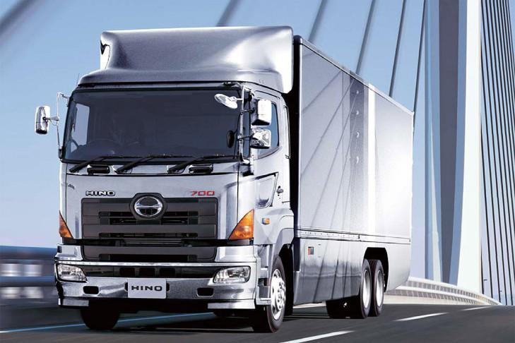 Hino FY3248, 480 CV y 2157 Nm de 12,9 l