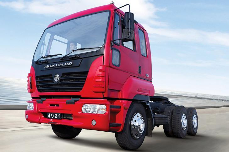 Ashok Leyland 4923 TT,  225 CV y 800 Nm