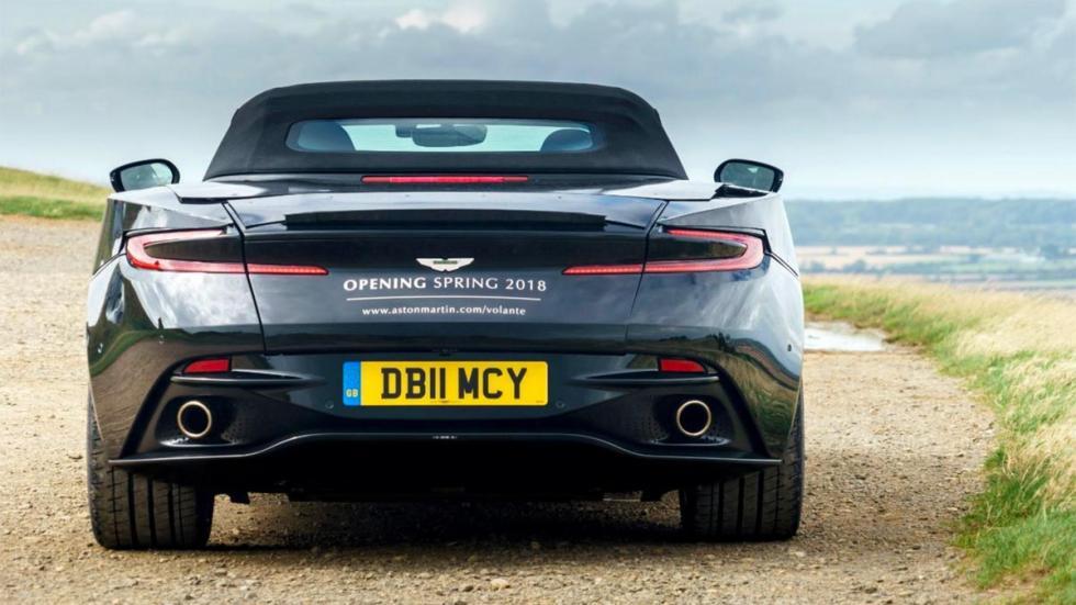 Aston Martin Db11 volante trasera