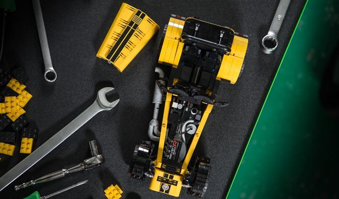 caterham 620R lego motor