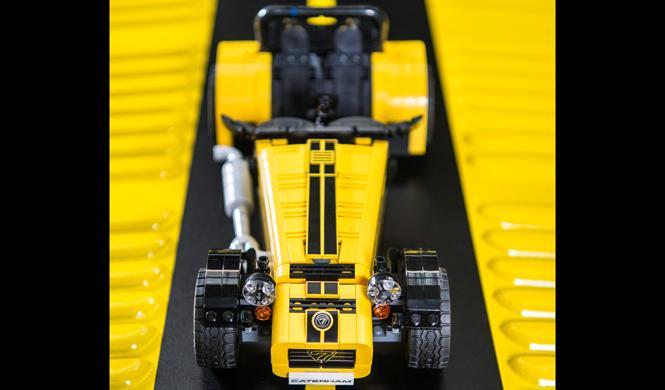 caterham 620R lego presento