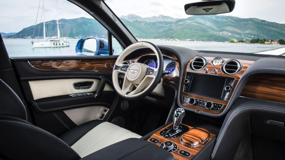 Bentley Bentayga diésel interior