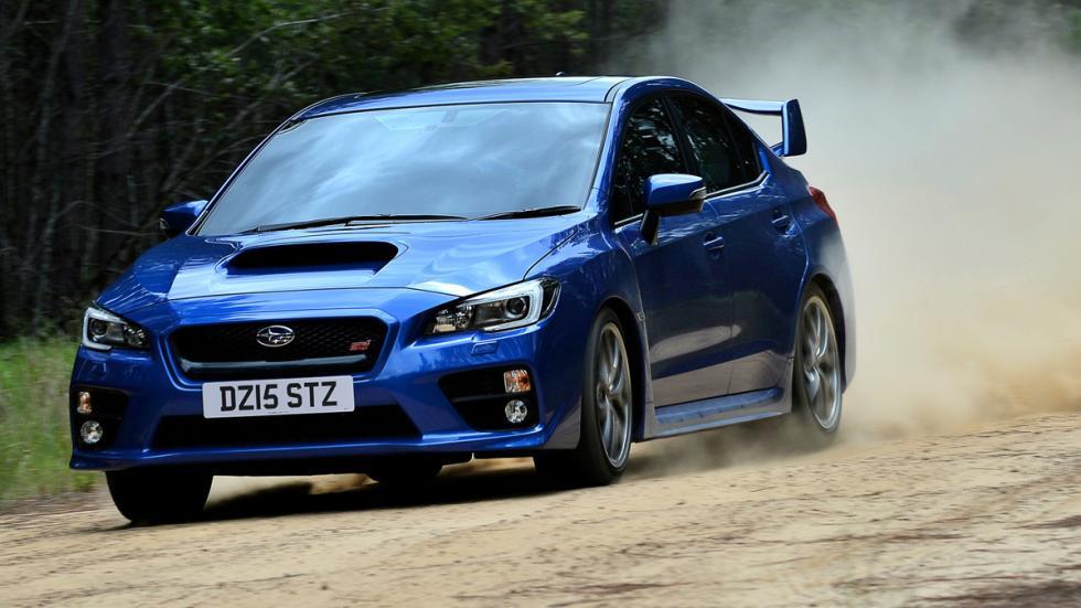 coches-odia-gente-normal-apasionan-aficionados-Subaru-WRX-STI
