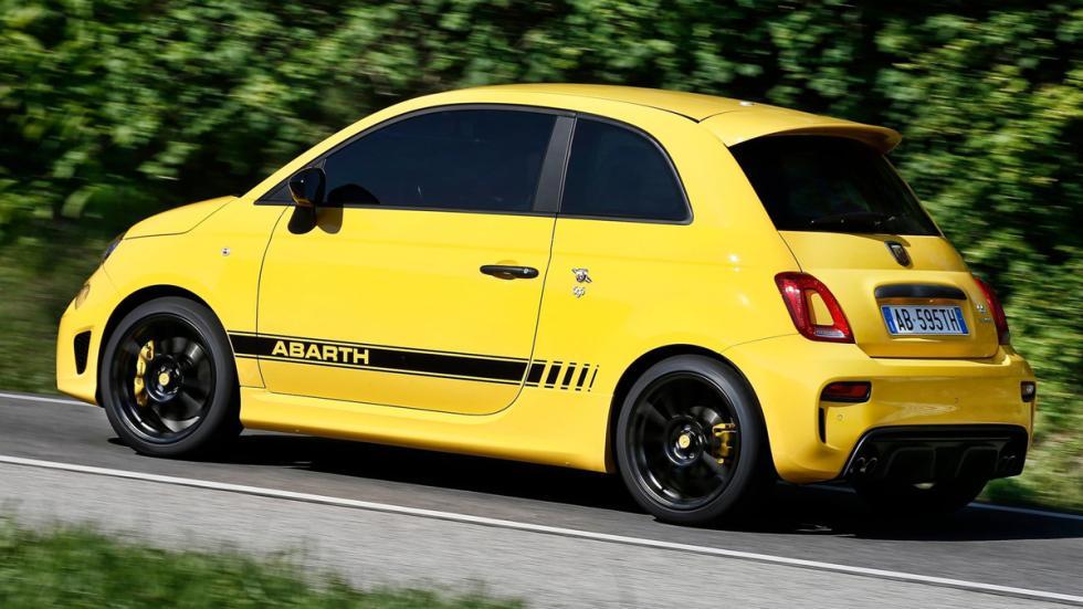 coches-odia-gente-normal-apasionan-aficionados-abarth-500-zaga