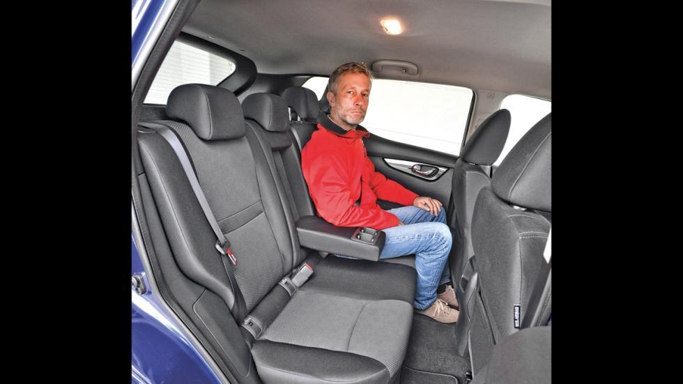 Nissan Qashqai asientos traseros