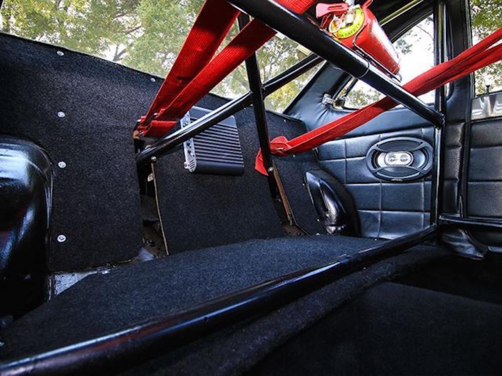 Firenza Can-Am interior