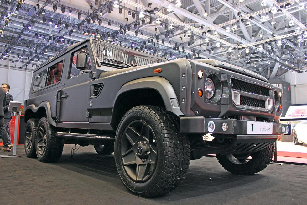 Land Rover Defender Flying Huntsman 6x6. Un prototipo de Kahn Design, com V8 de
