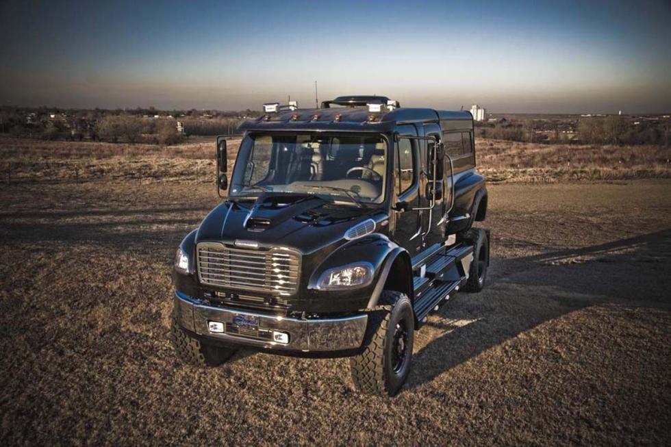 Sport Chassis: 6,65 metros de largo, 8,3 litros, 330 CV y 1.355 Nm.