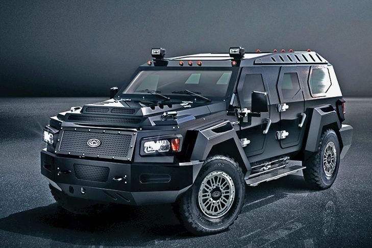 Knight XV: basado en un Ford F-550, pero con carrocería de aluminio.