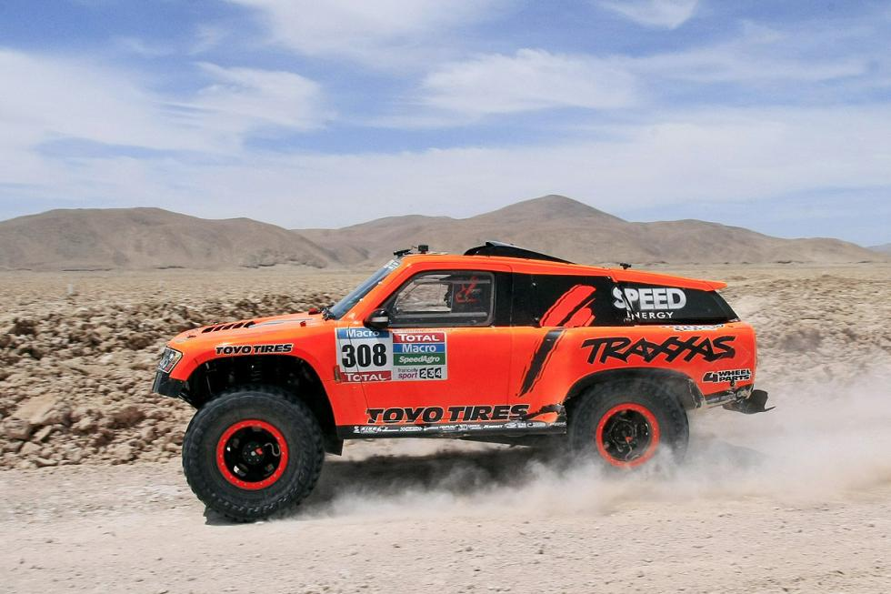 Este es el Hummer del piloto del Dakar Robby Gordon: Gordini HST.