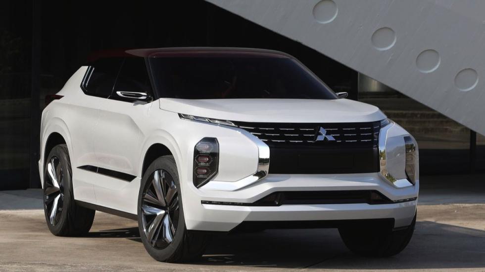 Mitsubishi GT-PHEV frontal