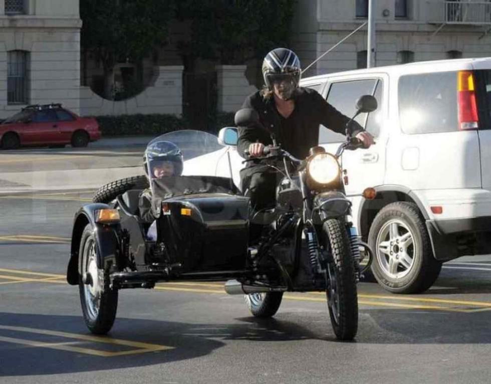 Brad-Pitt-Motos-6