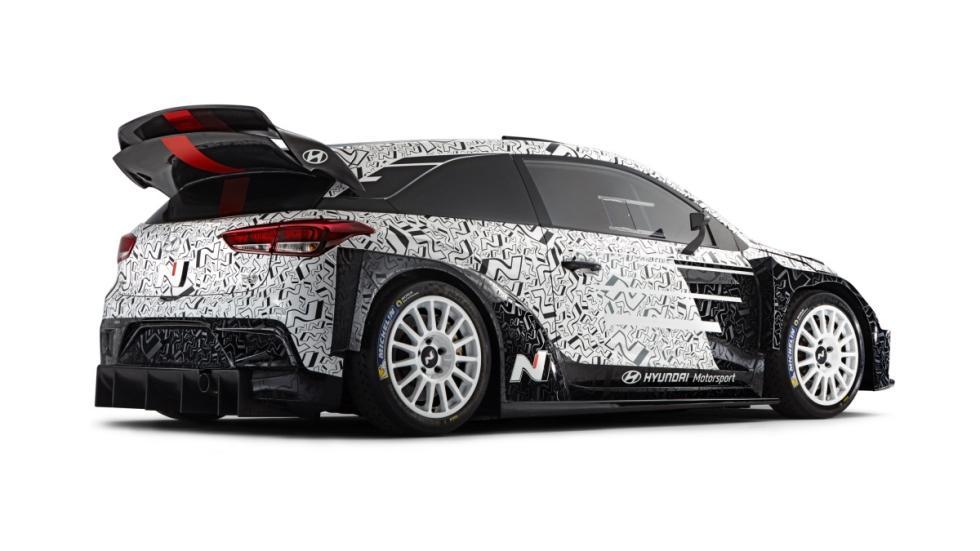 Hyundai-i20-WRC-2017-lateral-trasera