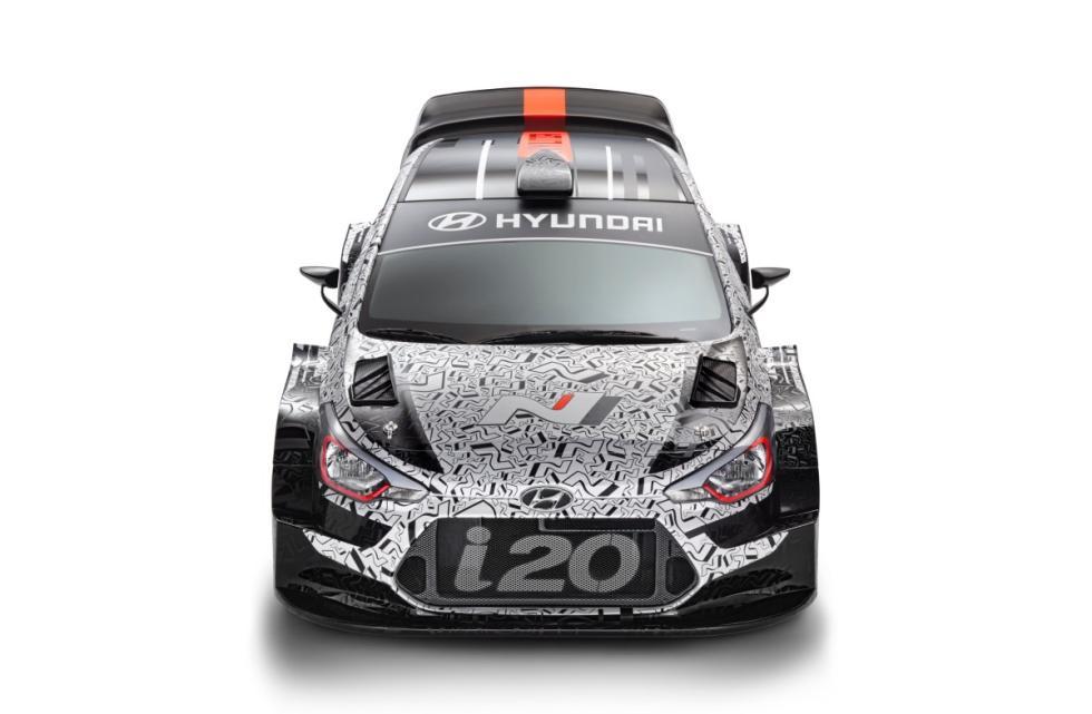 Hyundai-i20-WRC-2017-frontal-cenital