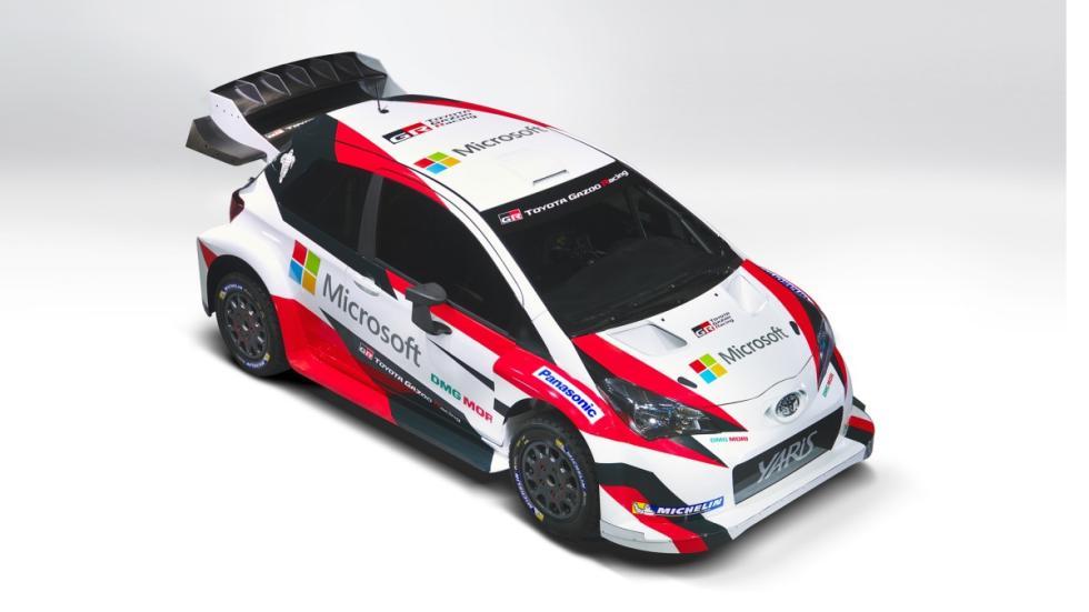 Toyota-Yaris-WRC-2017-Microsoft-París-2016-lateral-cenital