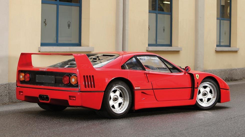 Ferrari F40 trasera deportivo radical superdeportivo clásico rojo