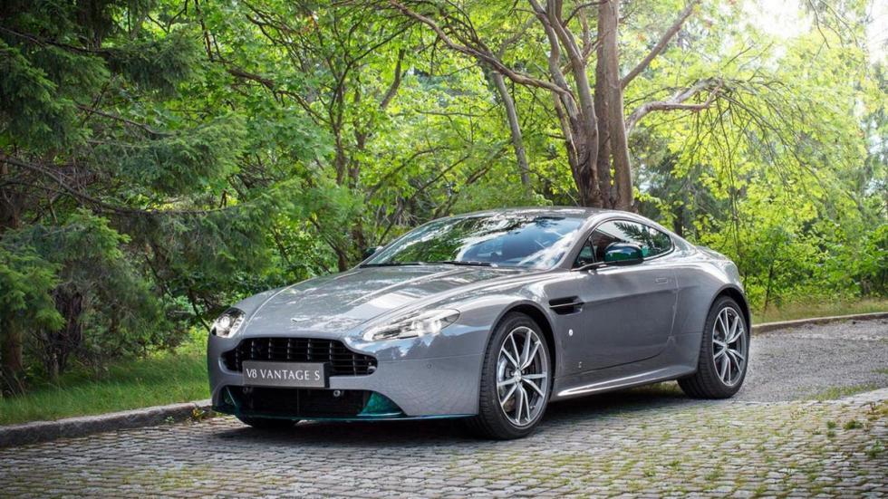Aston Martin V8 Vantage S Forest Edition