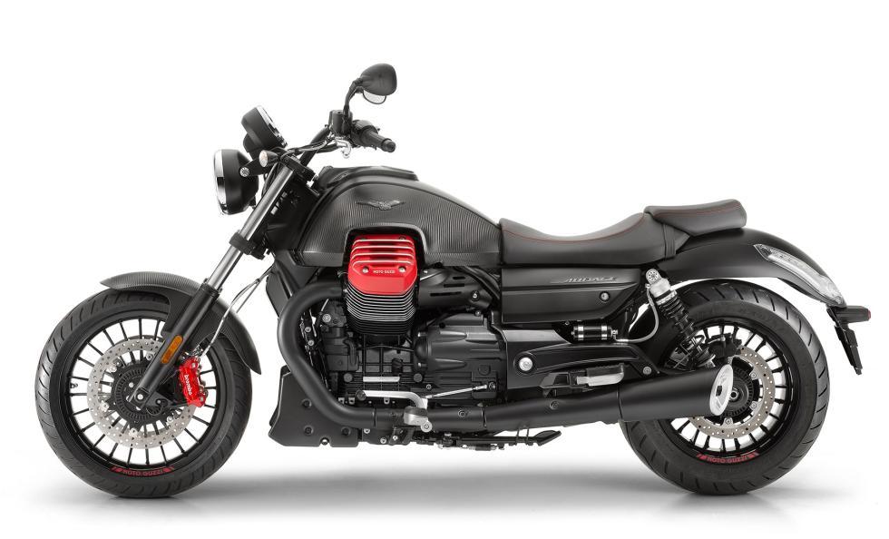 Moto-Guzzi-Audace-Carbon-2017