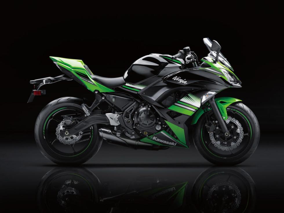 Kawasaki-Ninja-650-2017-4