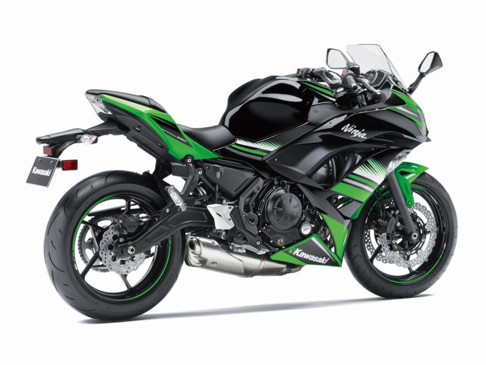Kawasaki-Ninja-650-2017-9