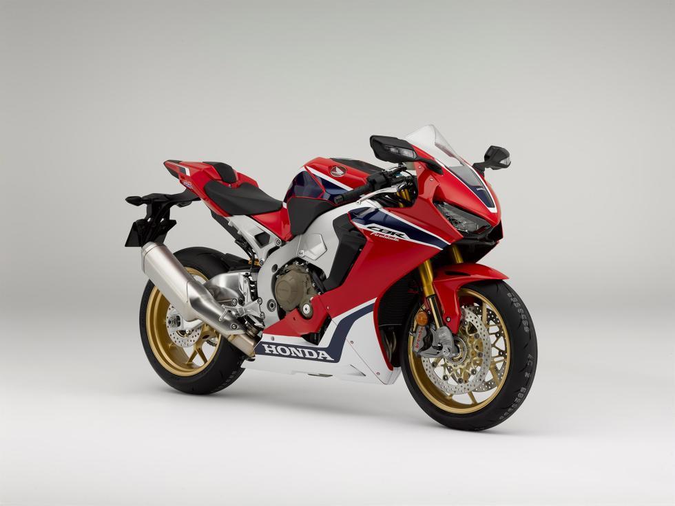 Nueva-Honda-CBR1000RR-2017-2