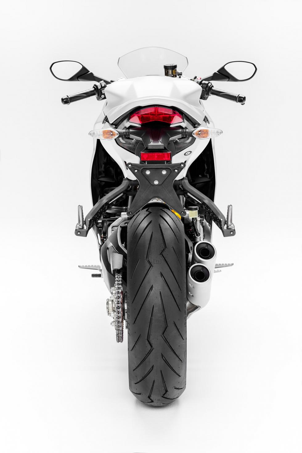 Ducati-SuperSport-2017-4